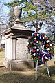 Grover Cleveland grave, Princeton Cemetery.jpg