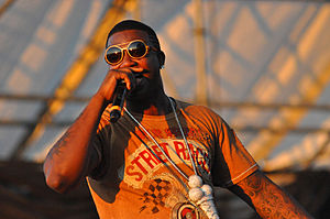 Gucci Mane - Image: Gucci Mane performing at the Williamsburg Waterfront 2