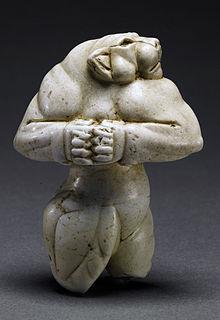 Leona Guennol la escultura más cara del mundo 57,16 millones de dólares