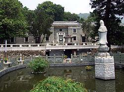 HK LingWanMonastery.JPG