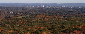 Hartford County, Connecticut - Image: Hartford seen from Heublein Tower
