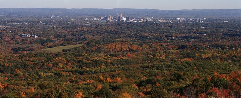 File:Hartford seen from Heublein Tower.jpg