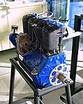 Heath-Henderson B-4 engine - Evergreen Aviation & Space Museum - McMinnville, Oregon - DSC00490.jpg