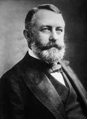 "Goldman and Berkman believed that a retaliatory assassination of Carnegie Steel Company manager Henry Clay Frick (pictured) would ""strike terror into the soul of his class"" and ""bring the teachings of Anarchism before the world"". Henry Clay Frick.jpg"