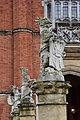 Heraldic statues.jpg