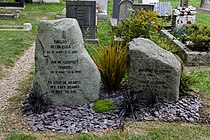 Highgate Cemetery - East - Ian Godfrey 01.jpg