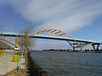 Hoan Bridge - Image: Hoan Bridge 2016