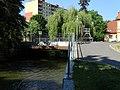 Hostivařské náměstí, most přes Botič.jpg