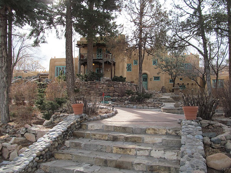 File:Inn of the Turquoise Bear, Santa Fe NM.jpg