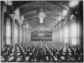 Inspection of quarters in Great Hall, Signal Corps School of Radio and Multiplex Telegraphy, College of the City of... - NARA - 533484.tif