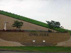 Entrance to Iowa Park