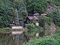 Jíloviště, Berounka, chaty pod Humenskou.jpg