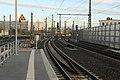 J34 050 Bf Halle (S) Hbf, Gleis 348 (Bahnsteig 13a).jpg