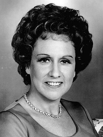 Jean Stapleton - Stapleton at the 31st Tony Awards on June 5, 1977