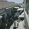 Jeruzalem Markttafreel een drukke smalle straat met aan weerzijden winkeltjes , Bestanddeelnr 255-9292.jpg