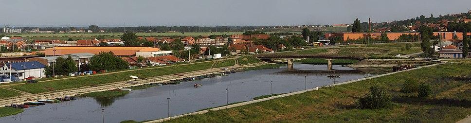 Поглед на Језаву са Смедеревске тврђаве.