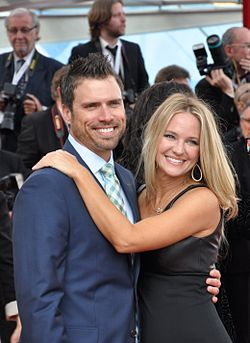 Joshua Morrow och Sharon Case (2013).
