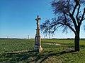 Kříž u Ochozu vedle silnice (Q94438257).jpg