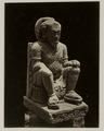 KITLV 28240 - Isidore van Kinsbergen - Sculpture of seated figure with the residency in Kediri - 1867-08-1867-09.tif