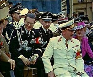 Philipp Bouhler - (from left) Bouhler, Karl Freiherr Michel von Tüßling, Robert Ley with his wife Inge; Munich, July 1939
