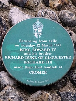 Photo of Edward IV and Richard III green plaque