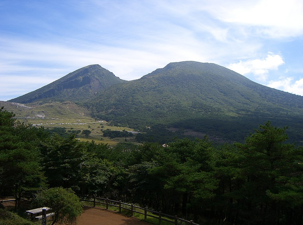 Kirishima Karakunidake 2
