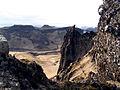 Klippor och berg pa Sydisland.jpg