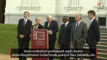 Declaració final de la Conferència Internacional de Pau de Sant Sebastià, llegida per Bertie Ahern. Subtítols en basc.