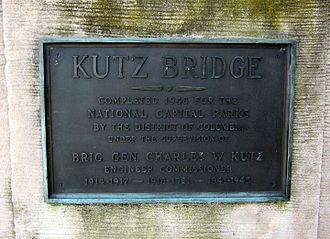 Kutz Memorial Bridge - Image: Kutz Bridge plaque