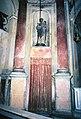 La Cappelletta, 1983, prima dei restauri, la statua di San Giuseppe.jpg