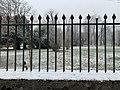 La Sathonette en janvier 2021 et barrière.jpg