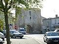 La porte de ville médiévale - panoramio.jpg