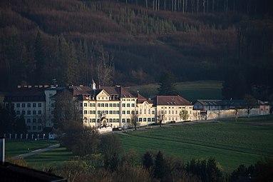 Laab am Walde - Klosteranlage der Barmherzigen Schwestern vom hl Vinzenz von Paul 2014.jpg