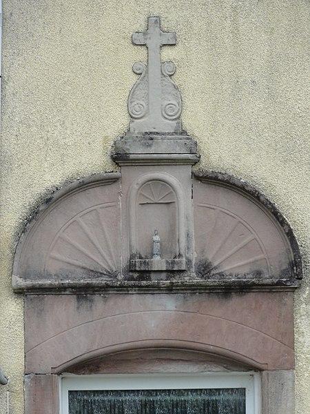 Laneuveville-aux-Bois (M-et-M) dessus de porte