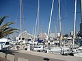 Le port de La Grande Motte avec le batiment La grande Pyramide au fond. (Département de l'Hérault, France) - panoramio.jpg