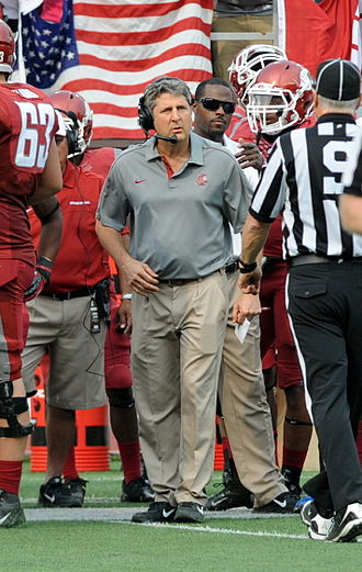 Washington State Cougars football - Image: Leach Mike 092212 18