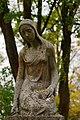 Leingarten - Großgartach - Friedhof - Grabskulptur trauerndes Mädchen 4.jpg