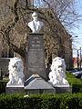 Leke - War monument 1.jpg