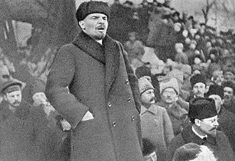 Vladimir Lenin - Lenin speaking in 1919