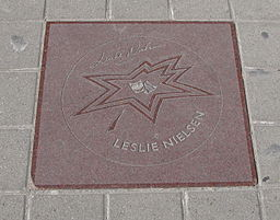 Leslie Nielsen star on Walk of Fame