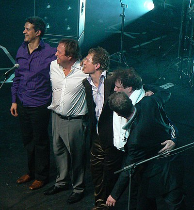 Picture of a band or musician: Level 42