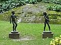 Liseberg, statues d'enfants.jpg