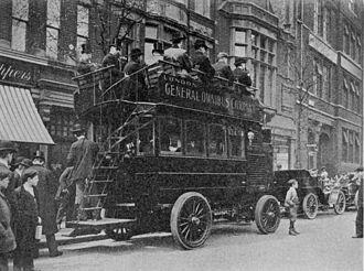 London General Omnibus Company - A LGOC motor bus c1903.