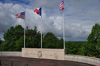 Lorraine American Cemetery and Memorial - Image: Lorraine American Cemetery Flags DSC 0536