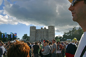 Lulworth Castle at the 2008 Camp Bestival.jpg