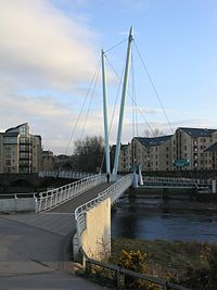 Lune Millennium Bridge from northern bank.jpg