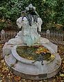 Märchenbrunnen Düsseldorf im Herbst.jpg