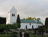 Fil:Mörarps kyrka.jpg