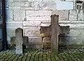 Maastricht, Sint-Servaasbasiliek, pandhof met grafkruisen 3.jpg
