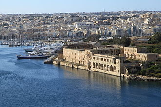 Lazzaretto of Manoel Island - Views of the Lazzaretto complex from the bastions of Valletta in 1906 and 2013